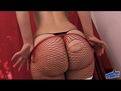 Latina Fishnet Bigass video: One of the Best Asses on this 2016!