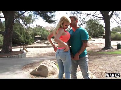Teen Blonde Blowjob video: Bibi Noel