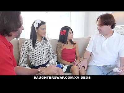 DaughterSwap - Hot Daughters Caught Selling Pan...