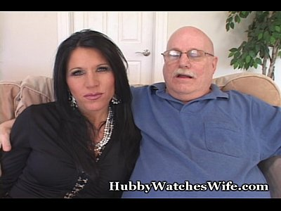 Cougar Couples Doggy video: Hot Mature Fucks Younger Guy
