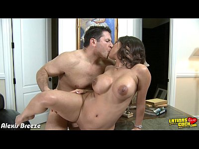 Porno video: Busty latina Alexis Breeze fucking