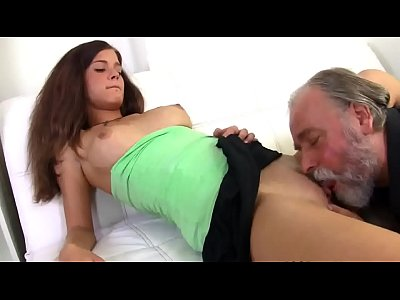 Girl Cute Having video: beard girl old having with man sex cute ----» http://clipsexngoaitinh.com