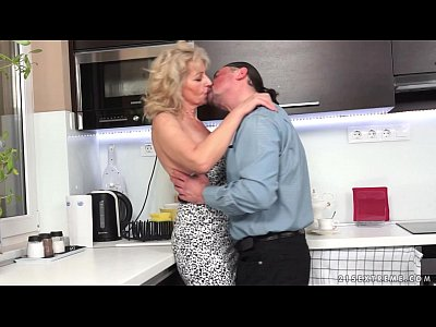 Hairy Blowjob Mature video: Hairy Granny Fucked In The Kitchen