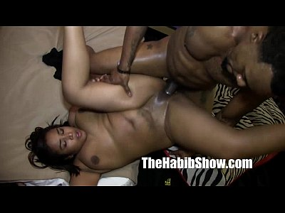 Amatuer Black Chocolate video: asian black n thai pussy doggy banged nut