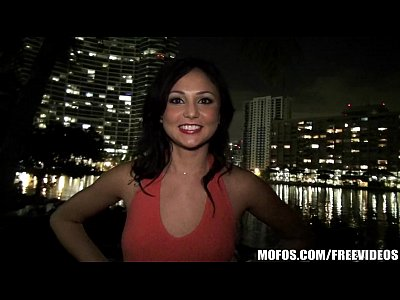 Voyeur Sex Public vid: Curious amateur Ariana Marie finds out she loves public dogging