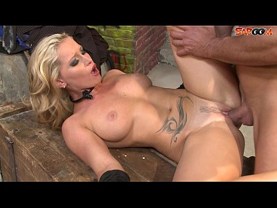 Anal Blonde Blowjob video: Stranger Fucks Milfs Ass in Alley