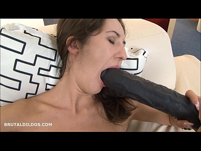 Masturbation Brunette Solo video: Horny brunette fills her pussy and mouth with long dildos