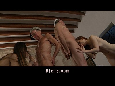 Licking Facial Threesome video: Horny oldmen bangs hard two young sluts in holiday