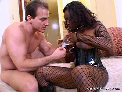 jada fire-wants acraker-scene1