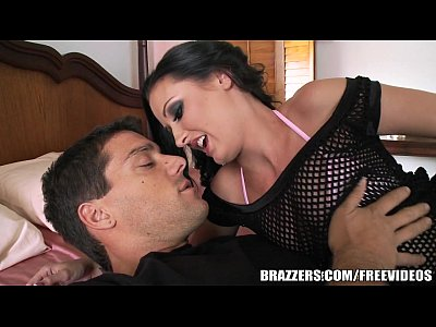 Brazzers - Haily Young loves anal