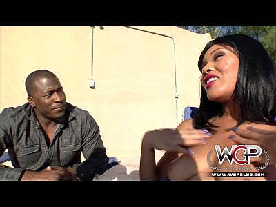 Bigcock Blowjob Brunette video: WCP CLUB Lila likes it big and black