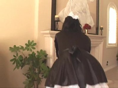 Alexis Amore Spanish Maid
