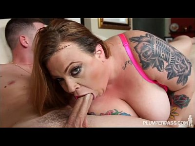 BBW Stylist Falls For Big Dick Artist