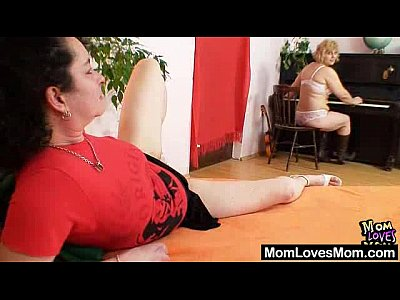 Porno video: Extremely hirsute amateur matured Hedvika lesbian action