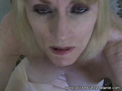 Blowjob Cumshot Gilf video: Mom Has Sex Lesson With Son