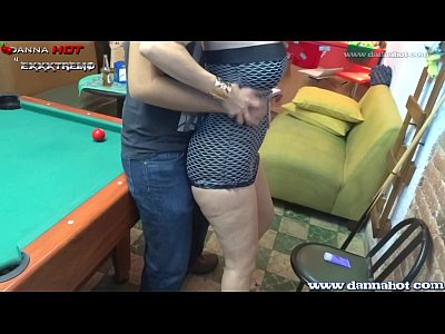 Analsex Asstomouth Bigtits video: DANNA HOT Apostando El Culo En Un Juego De Billar
