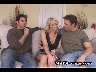Voyeur Couple Blonde video: Carolyn Always Wanted To Be Shared