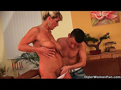 Facial Gilf Gilfs video: Can I cum on your face grandma?