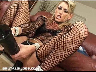 Masturbation Toys Blonde video: Milf Chelsea Zinn gapes her ass with two brutal dildos