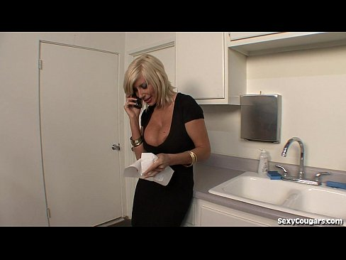 Hot Blonde Fucks The Plumber
