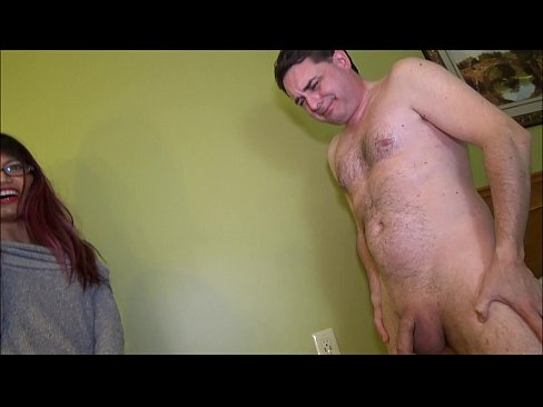 Ballbusting: Mistress Asia Perez kicks brutally in the balls Andrea Diprè