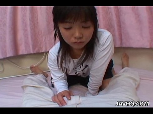 Young and shy japanese teens is giving a perfect (フェラ)blowjob - XVIDEOS.COM