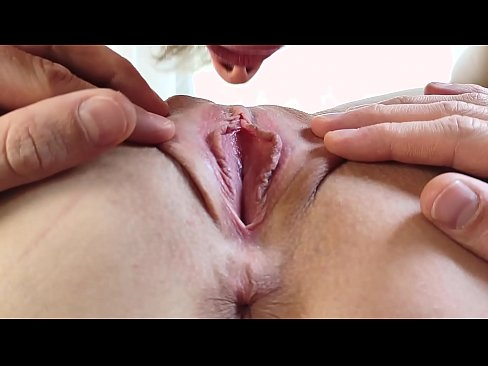 Pussy Eating Until MASSIVE TEEN ORGASM - EXTREME CLOSE UP Amateur MrPussyLicking