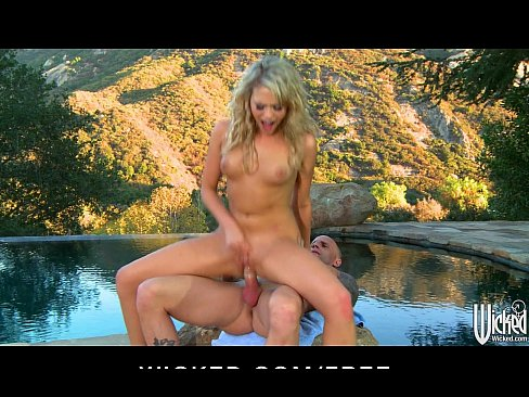 5 min porn video MiaMalkova shows amazing flexibility