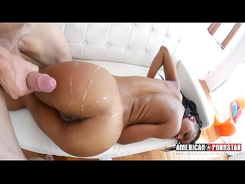 Nikki Darlings Anal Drilling