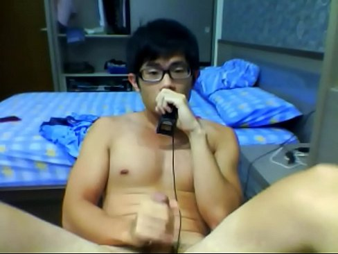 Lovely Chinese Boy with faces and cum 2