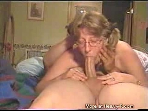 granny does deepthroat   xvideos com