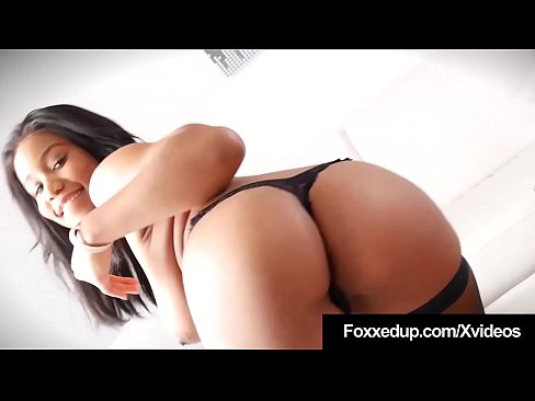Black Beauty Jenna Foxx Spreads In Hot Thigh High Stockings!