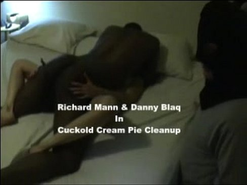Cuckold Creampie Pussy Clean Up