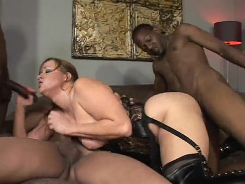 Blond slut banged