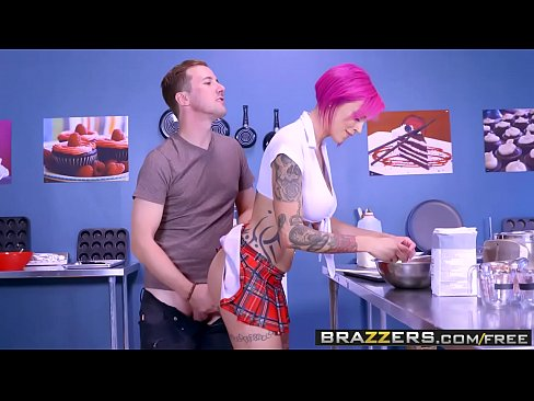 Anna Bell Peaks and Jessy Jones Lets Bake A Titty Cake