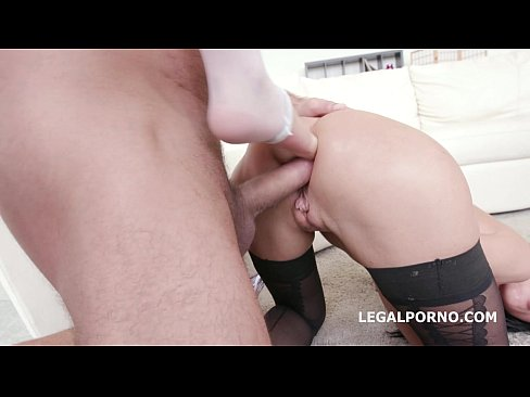Ninfo Animal with Anal Fist. July Sun and Francys Belle . ATM /SPITTING /FOOT FETISH GIO191