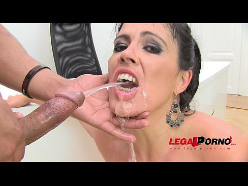 piss anal threesome