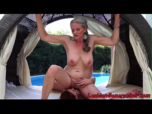 Bigtits mature pussyeaten by glamour babe