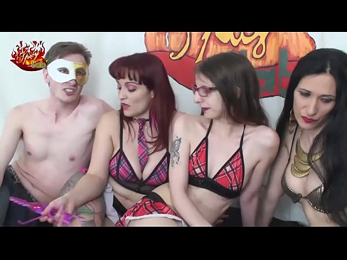Strapon pleasure for two lesbians with Mary Rider and Luna Dark