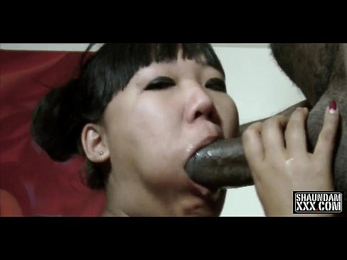 Katie Lee Sucks Slurps-N-Rides The Black Anaconda
