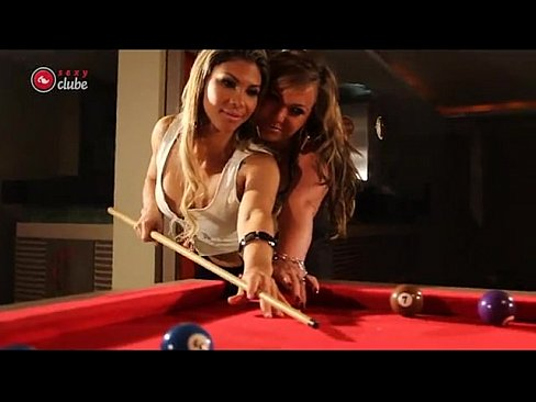 Cindy Love E Alessandra Maia Ensaio Para Sexy Clube Making Of