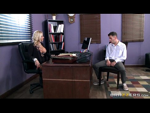 7 Min Tatooed Milf Britney Shannon Brazzers Takes Charge Hot Porns