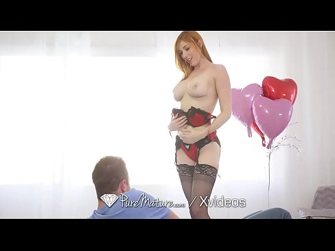 PureMature MILF Lauren Phillips surprises boyfriend with anal fuck for valentine