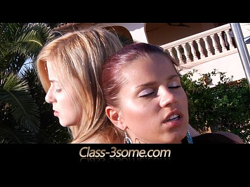 3 sexy girls have naughty 4some in vacantion