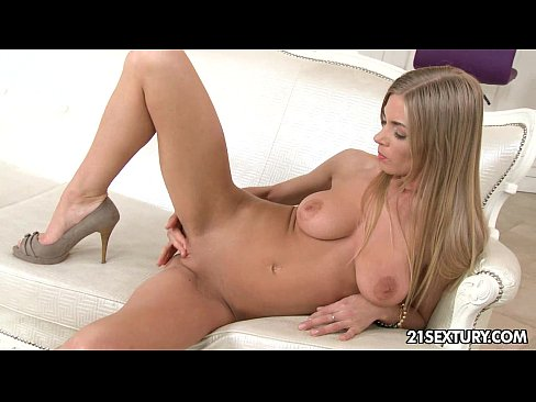 10 Min – Cute Lolly Gartner's Awesome Tits 21sextury