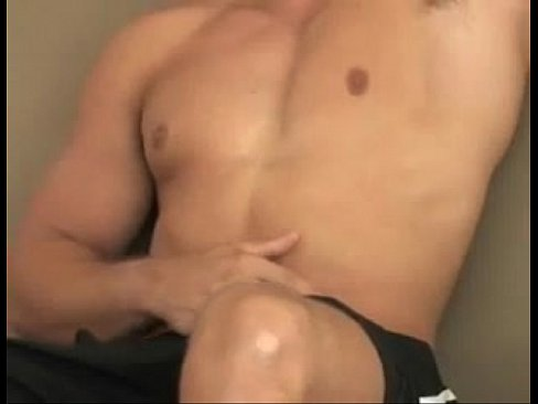 Robbie Madden solo in the bed