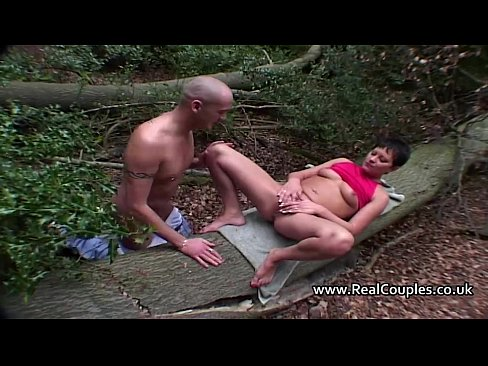 sex photo outdoor couple