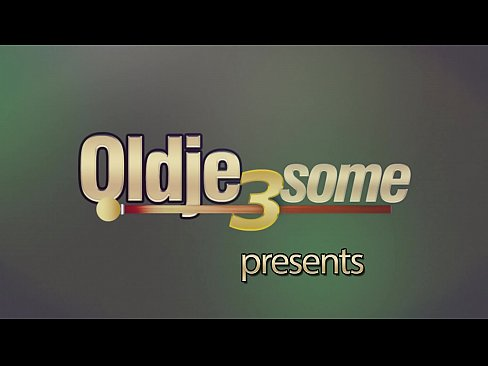 Intense old vs young porno with hot teens getting fucked by grandpa cock [10:12x360p]->
