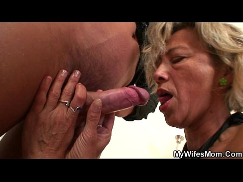 Daughter blackmails mom into lesbian sex nicole