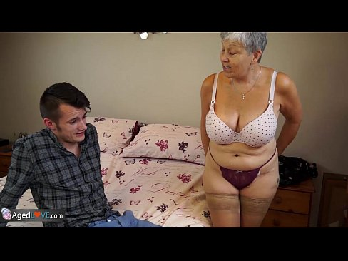 Old lady Savana fucked by student Sam Bourne 8 min HD